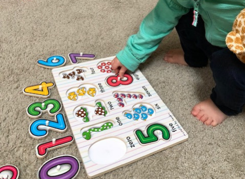 playing with puzzles for toddlers development